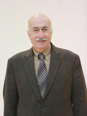 ابراهيم علي الطويل عضو مجلس الإدارة