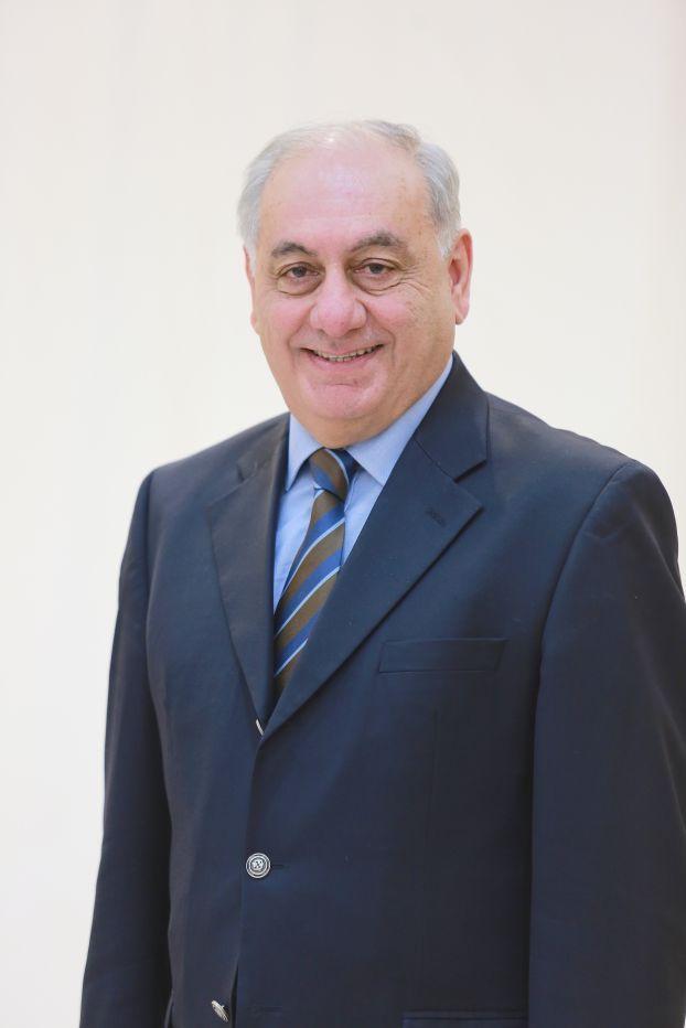 فؤاد نخلة قطان عضو مجلس الإدارة